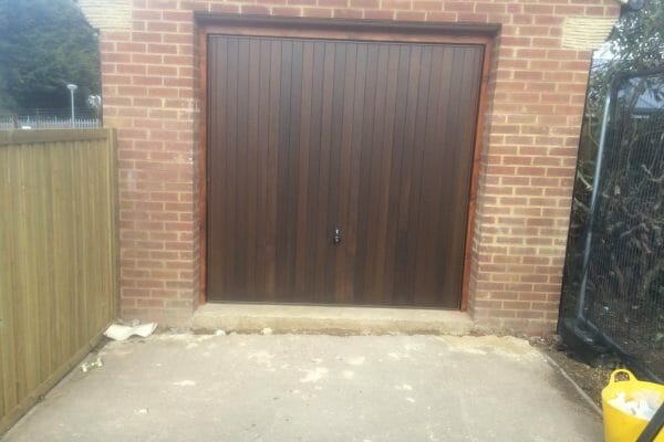 Hormann 2009 vertical timber door