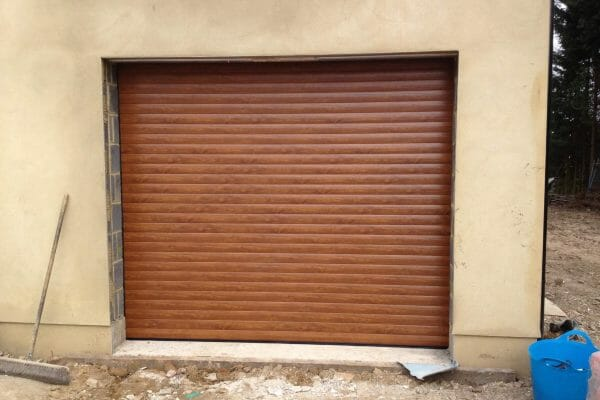 Aluroll roller door in golden oak