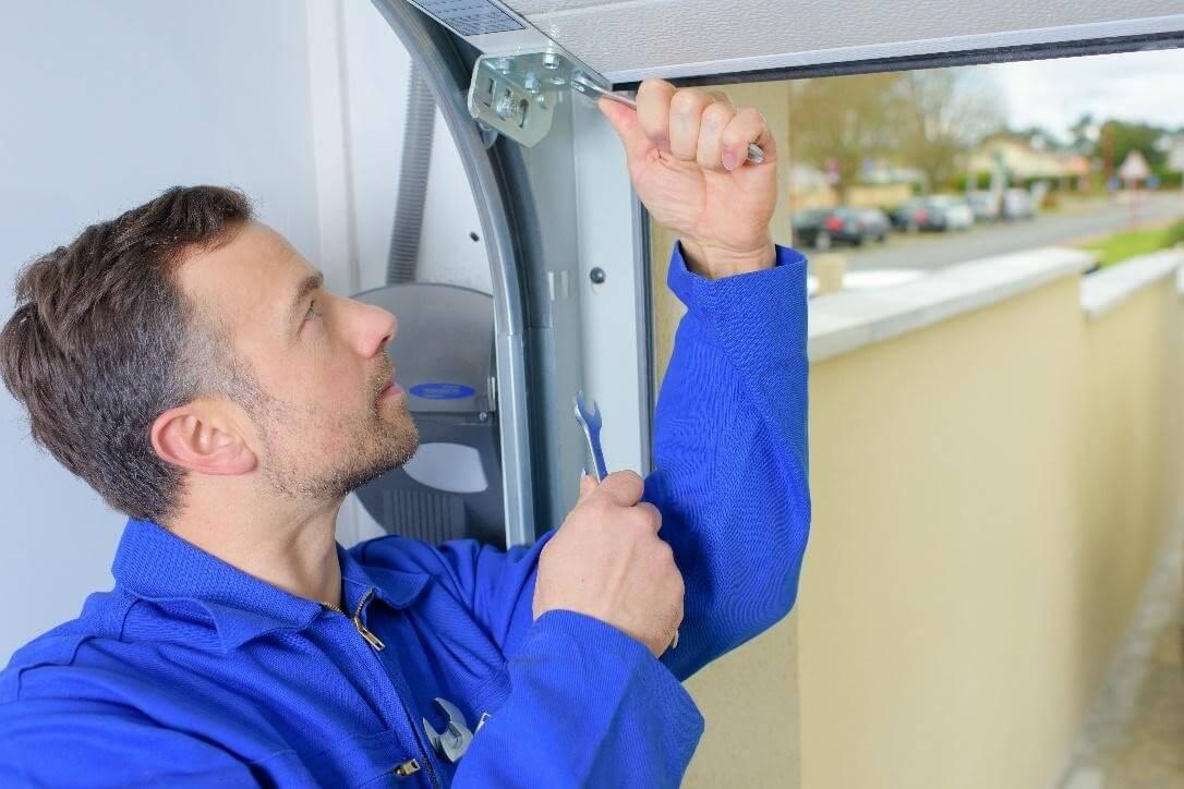 How To Repair A Garage Door Cable Sdm Doors