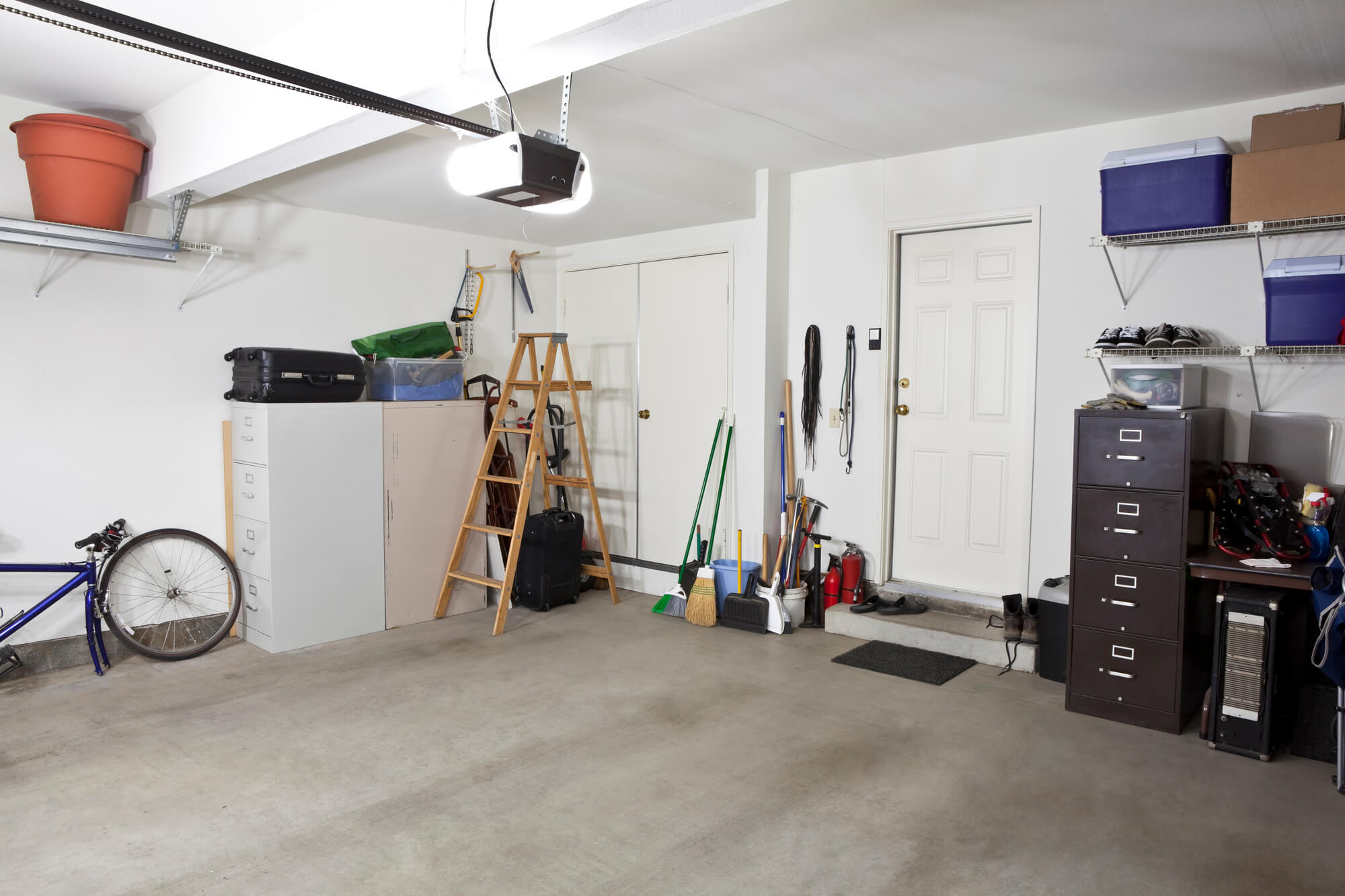 What size armoured cable do I need for my garage?
