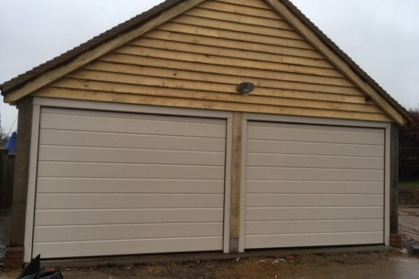 garage roller doors high wycombe