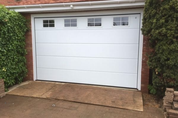 electric roller garage doors luton